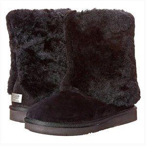 UGG Patten black boots size 6 new no box